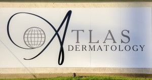 IMG_3429_Atlas Wall Logo