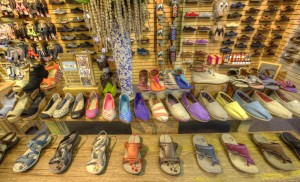 IMG_3472_3_4_tonemapped -SHOES (CROP)